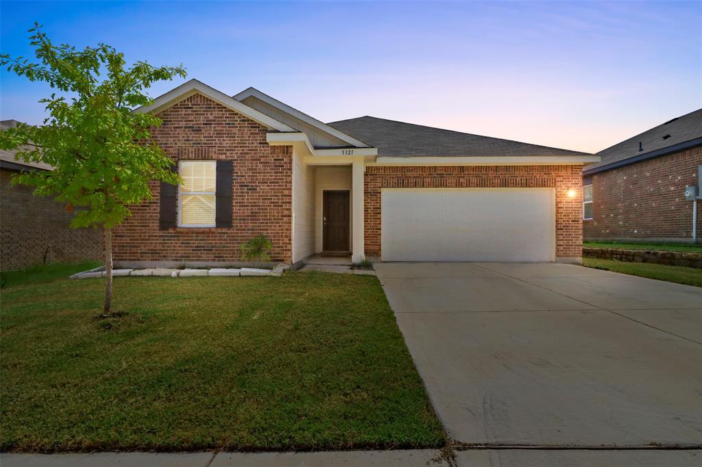 5321 Stone Meadow  Lane, Fort Worth, Texas 76179 - Acquisto Real Estate best frisco realtor Amy Gasperini 1031 exchange expert