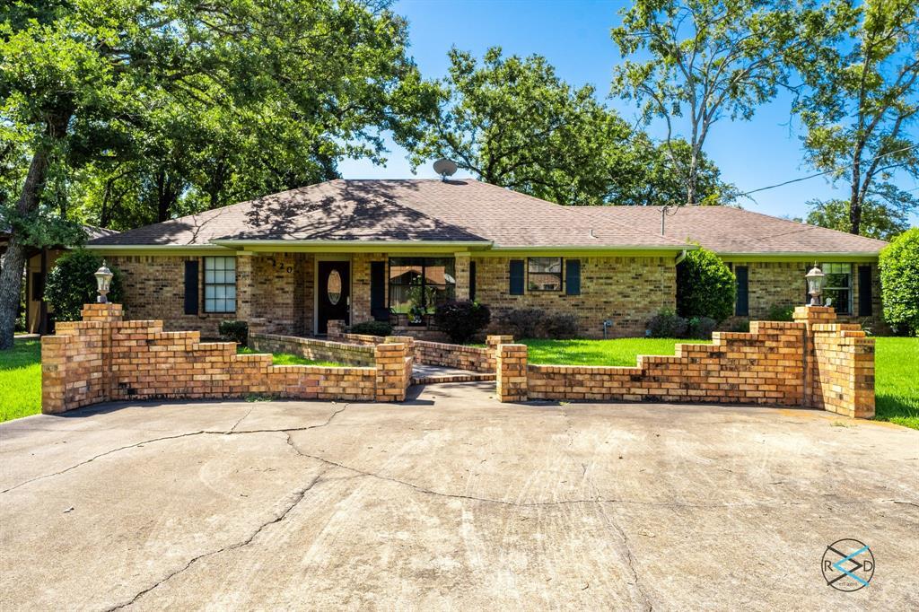 220 Cedarwood  Drive, Enchanted Oaks, Texas 75156 - Acquisto Real Estate best frisco realtor Amy Gasperini 1031 exchange expert