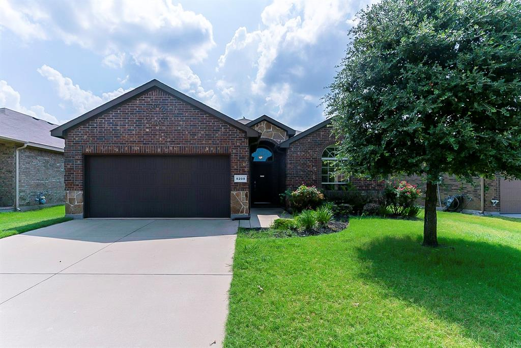 8208 Misty Water  Drive, Fort Worth, Texas 76131 - Acquisto Real Estate best frisco realtor Amy Gasperini 1031 exchange expert