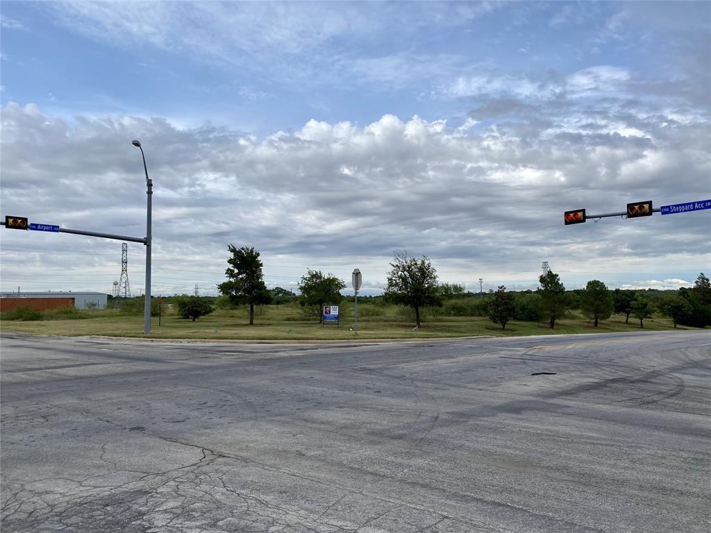 1400 Airport  Drive, Wichita Falls, Texas 76306 - Acquisto Real Estate best frisco realtor Amy Gasperini 1031 exchange expert