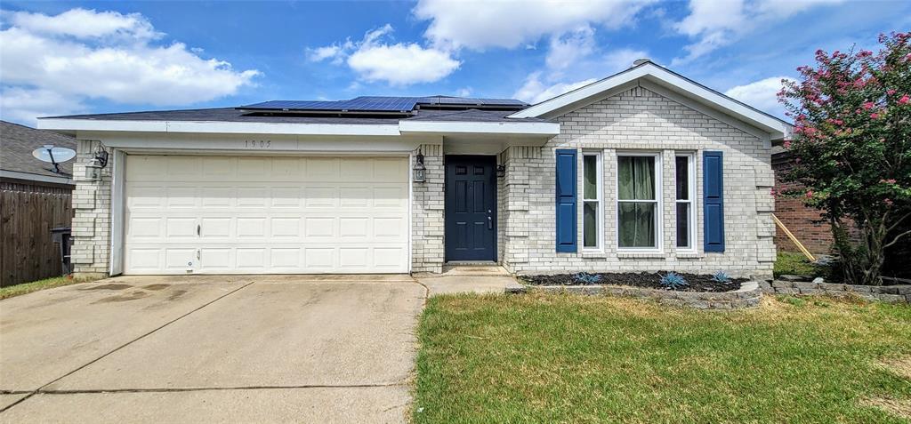 1905 Canyon Ridge  Street, Fort Worth, Texas 76131 - Acquisto Real Estate best frisco realtor Amy Gasperini 1031 exchange expert