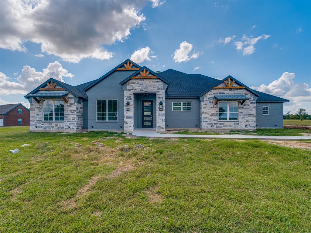 1527 Carter  Drive, Corsicana, Texas 75109 - Acquisto Real Estate best frisco realtor Amy Gasperini 1031 exchange expert