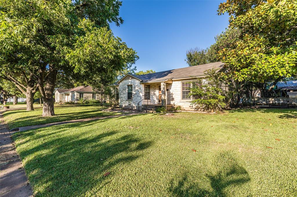 408 Washington  Street, West, Texas 76691 - Acquisto Real Estate best frisco realtor Amy Gasperini 1031 exchange expert
