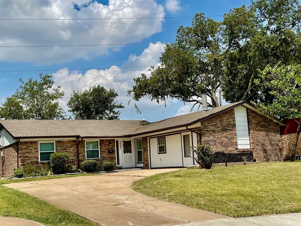 3101 Ridgedale  Street, Irving, Texas 75062 - Acquisto Real Estate best frisco realtor Amy Gasperini 1031 exchange expert