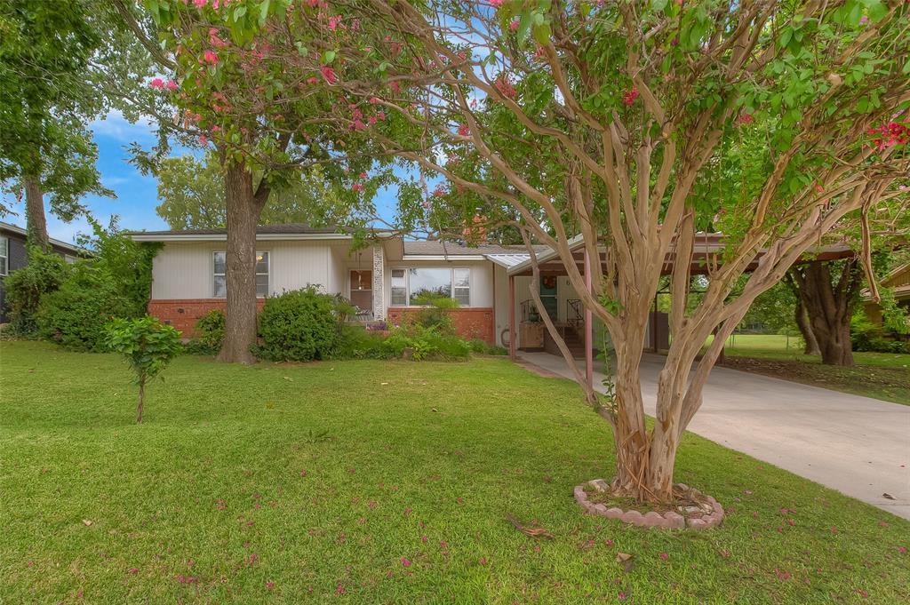 6405 Ridgecrest  Circle, Lake Worth, Texas 76135 - Acquisto Real Estate best frisco realtor Amy Gasperini 1031 exchange expert