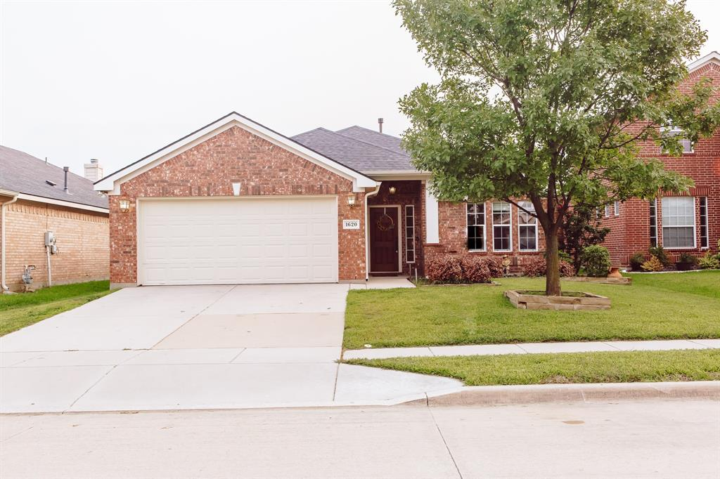 1620 Desperado  Road, Fort Worth, Texas 76131 - Acquisto Real Estate best frisco realtor Amy Gasperini 1031 exchange expert