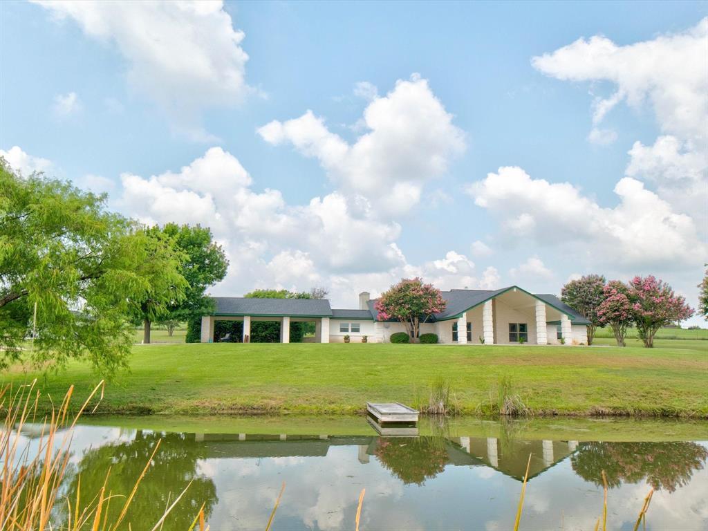 3045 Sylvan Valley  Drive, Weatherford, Texas 76087 - Acquisto Real Estate best frisco realtor Amy Gasperini 1031 exchange expert