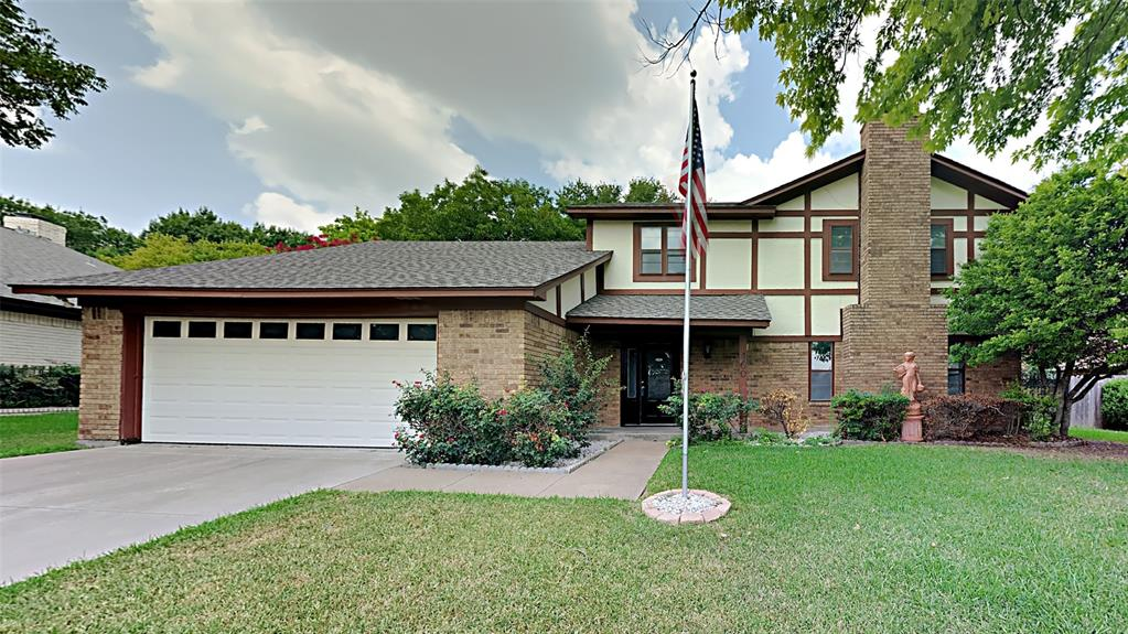 460 Meadowhill  Drive, Benbrook, Texas 76126 - Acquisto Real Estate best frisco realtor Amy Gasperini 1031 exchange expert
