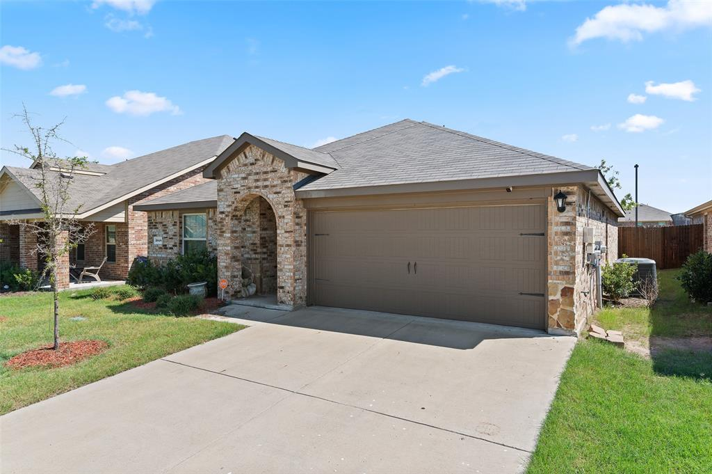 2048 Brisbon  Street, Fate, Texas 75189 - Acquisto Real Estate best frisco realtor Amy Gasperini 1031 exchange expert