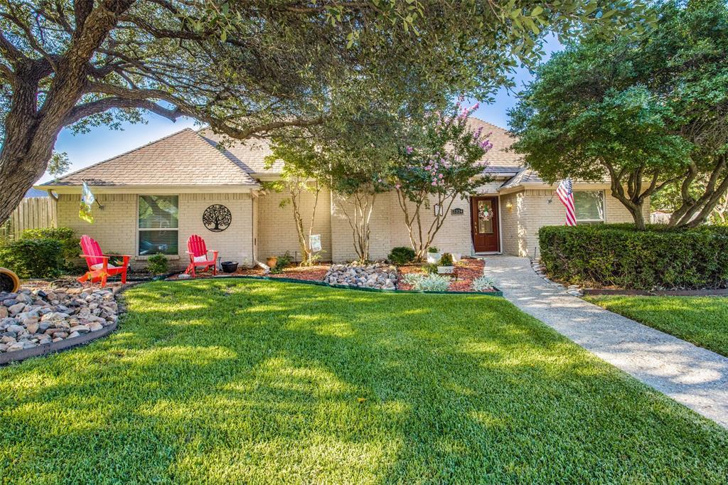 2324 Chamberlain  Drive, Plano, Texas 75023 - Acquisto Real Estate best frisco realtor Amy Gasperini 1031 exchange expert