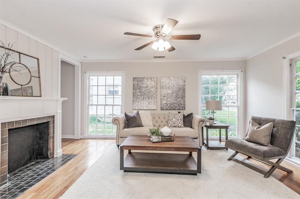 4009 El Campo  Avenue, Fort Worth, Texas 76107 - Acquisto Real Estate best frisco realtor Amy Gasperini 1031 exchange expert