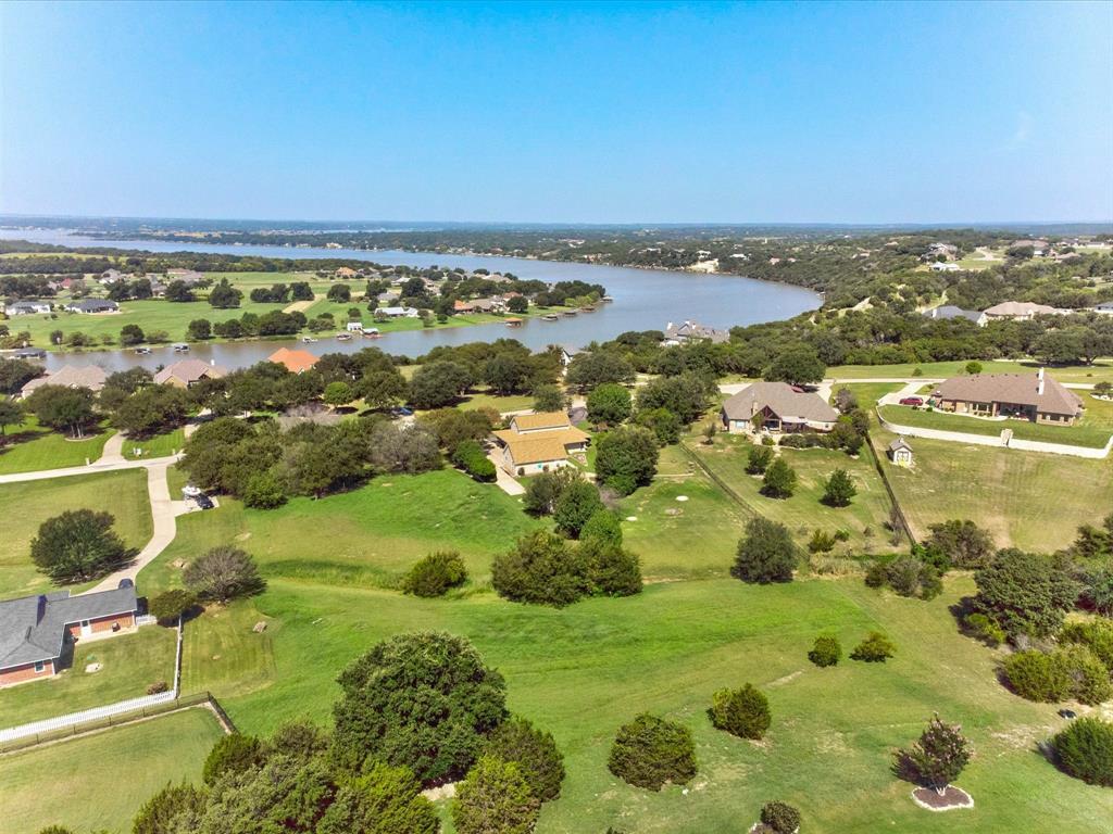 1407 Lady Amber  Lane, Granbury, Texas 76049 - Acquisto Real Estate best frisco realtor Amy Gasperini 1031 exchange expert