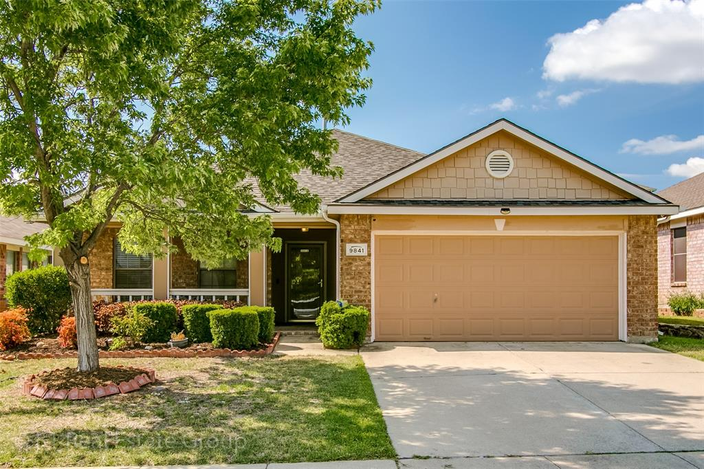 9841 Autumn Sage  Drive, Fort Worth, Texas 76108 - Acquisto Real Estate best frisco realtor Amy Gasperini 1031 exchange expert
