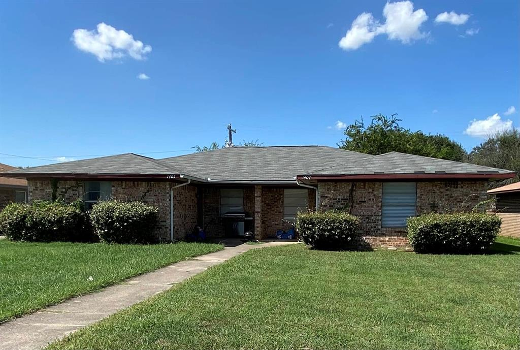 1405 Blackwell  Drive, Irving, Texas 75061 - Acquisto Real Estate best frisco realtor Amy Gasperini 1031 exchange expert