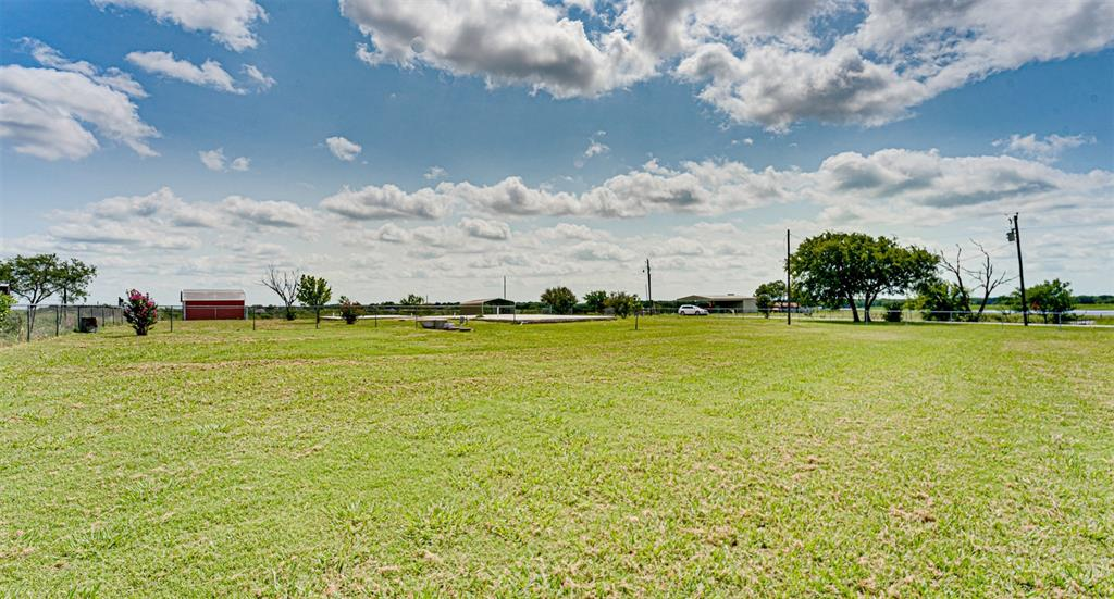 9408 County Road 2220  Barry, Texas 75102 - Acquisto Real Estate best frisco realtor Amy Gasperini 1031 exchange expert