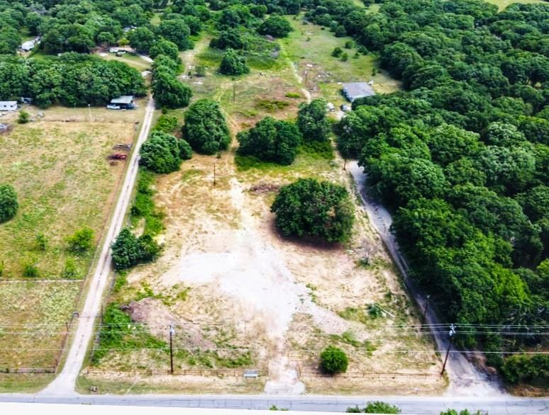 7760 Portwood  Road, Azle, Texas 76020 - Acquisto Real Estate best frisco realtor Amy Gasperini 1031 exchange expert