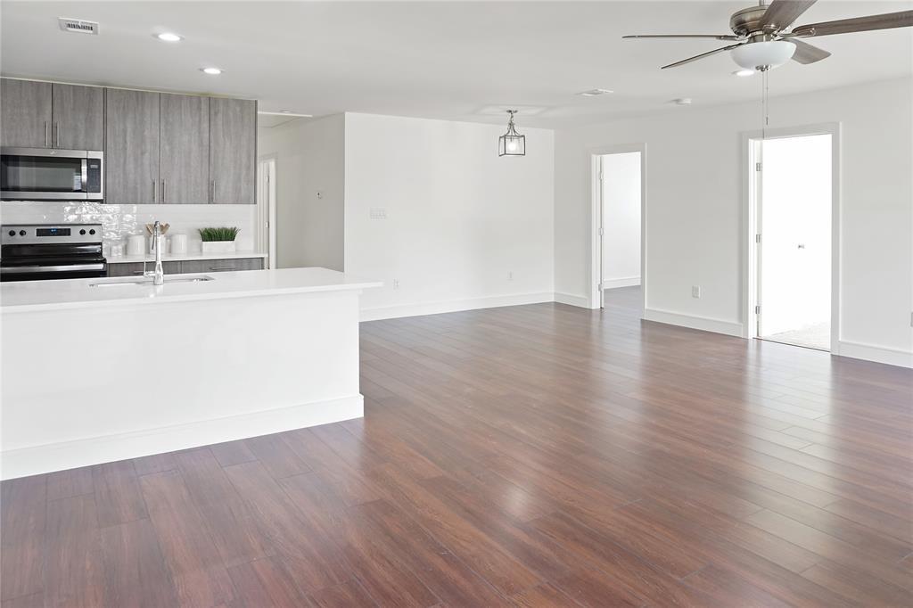 10022 Glenrio  Lane, Dallas, Texas 75229 - Acquisto Real Estate best frisco realtor Amy Gasperini 1031 exchange expert