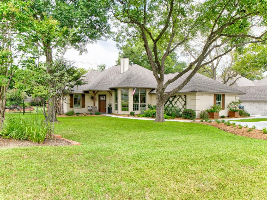 5128 Wedgefield  Road, Granbury, Texas 76049 - Acquisto Real Estate best frisco realtor Amy Gasperini 1031 exchange expert