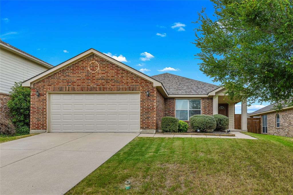2153 Bliss  Road, Fort Worth, Texas 76177 - Acquisto Real Estate best frisco realtor Amy Gasperini 1031 exchange expert