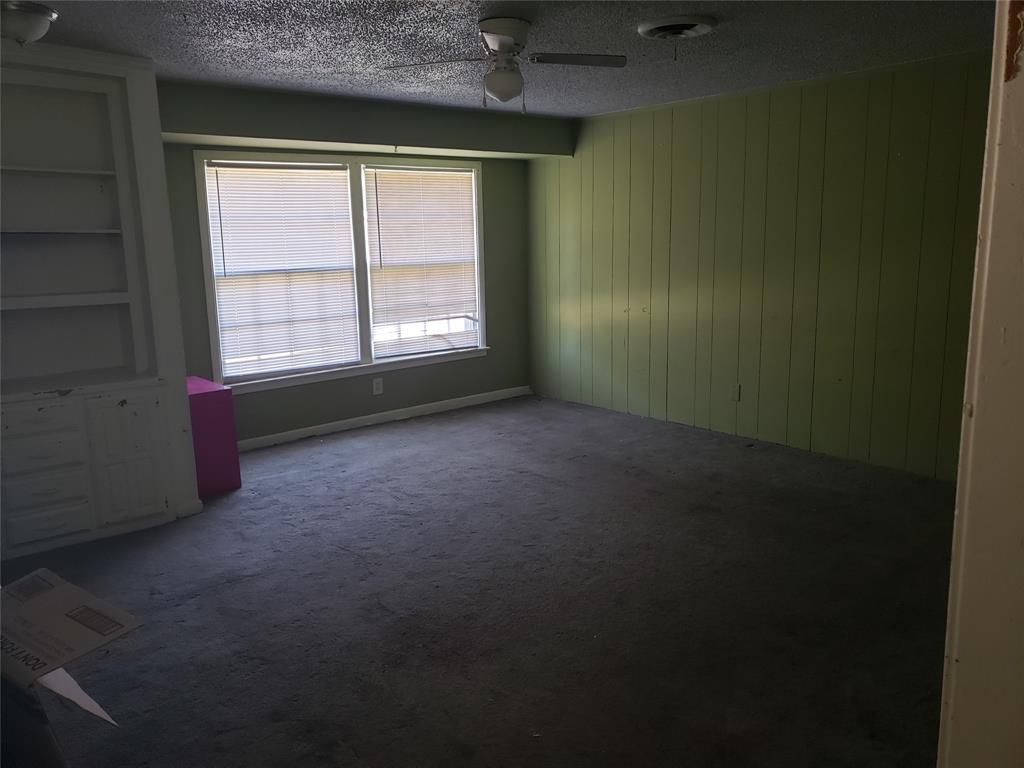 2901 Creston  Avenue, Fort Worth, Texas 76133 - Acquisto Real Estate best frisco realtor Amy Gasperini 1031 exchange expert