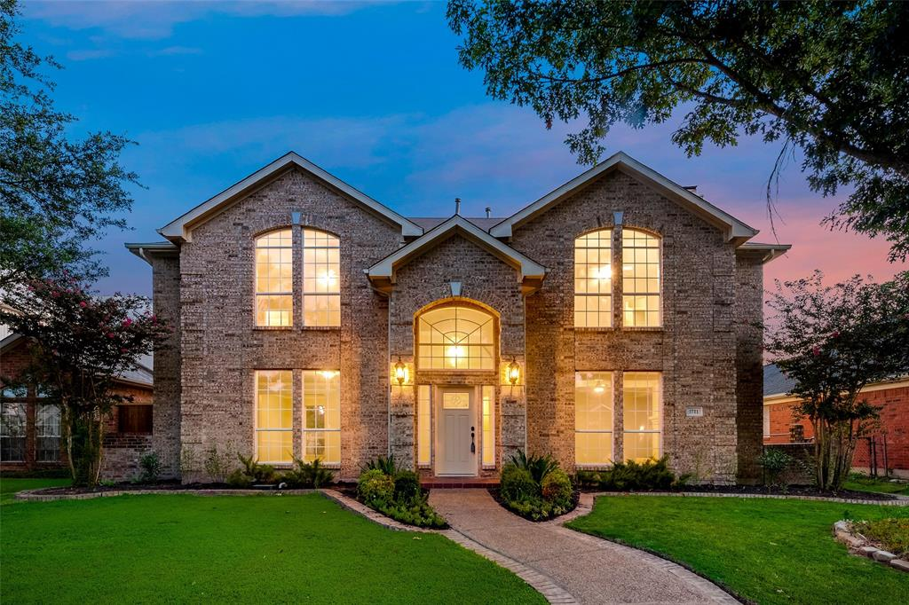 1721 Shadow  Creek, Mesquite, Texas 75181 - Acquisto Real Estate best frisco realtor Amy Gasperini 1031 exchange expert