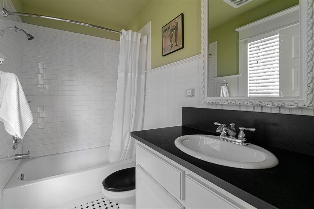 1002 Louisiana  Street, McKinney, Texas 75069 - Acquisto Real Estate best frisco realtor Amy Gasperini 1031 exchange expert