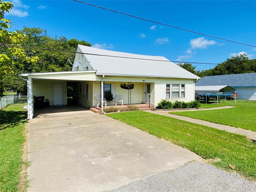 308 Bois D Arc  Street, Savoy, Texas 75479 - Acquisto Real Estate best frisco realtor Amy Gasperini 1031 exchange expert