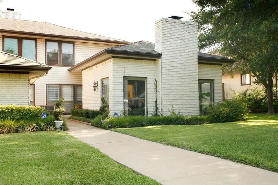 9402-04 Moss Farm  Lane, Dallas, Texas 75243 - Acquisto Real Estate best frisco realtor Amy Gasperini 1031 exchange expert