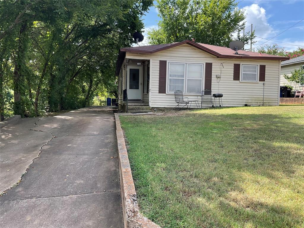 404 Acheson  Street, Denison, Texas 75020 - Acquisto Real Estate best frisco realtor Amy Gasperini 1031 exchange expert