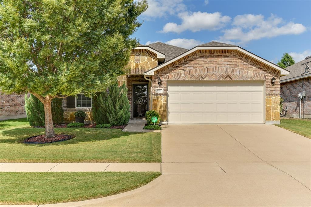 9101 Cloudveil  Drive, Arlington, Texas 76002 - Acquisto Real Estate best frisco realtor Amy Gasperini 1031 exchange expert