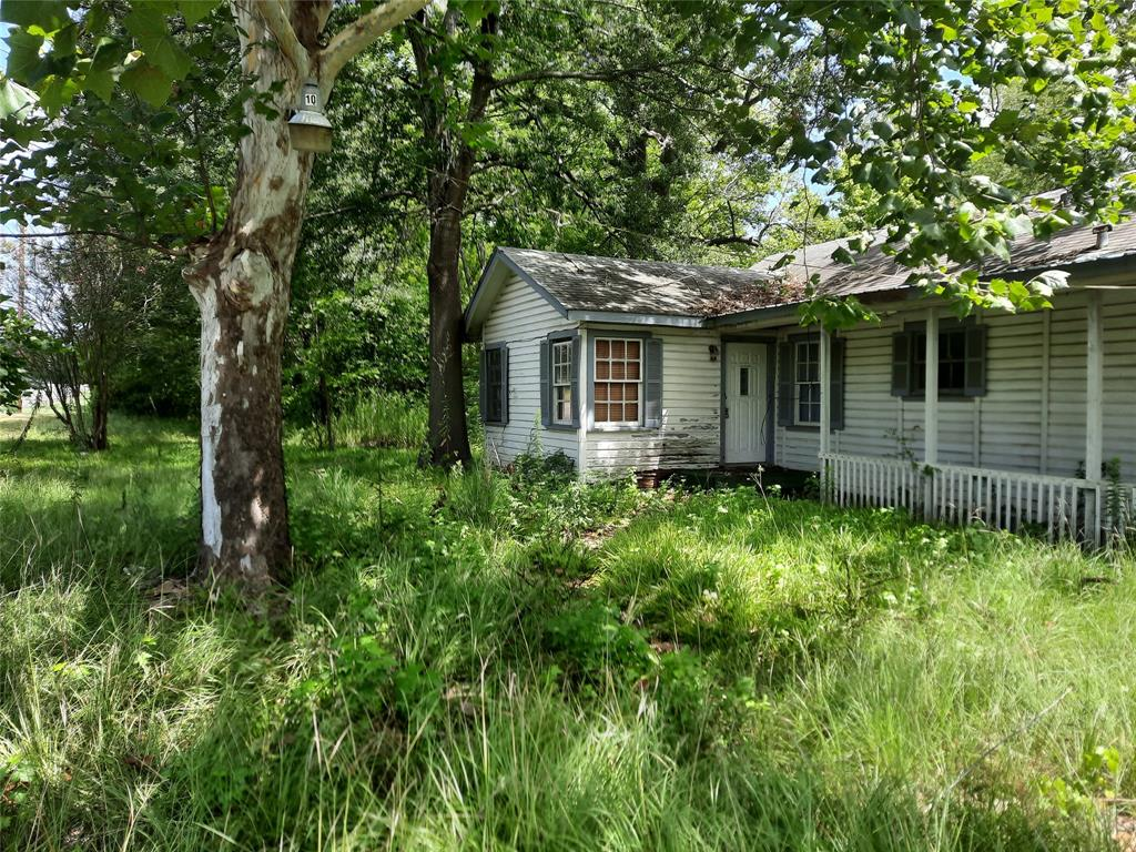 1302 Beaulah  Street, Hawkins, Texas 75765 - Acquisto Real Estate best frisco realtor Amy Gasperini 1031 exchange expert