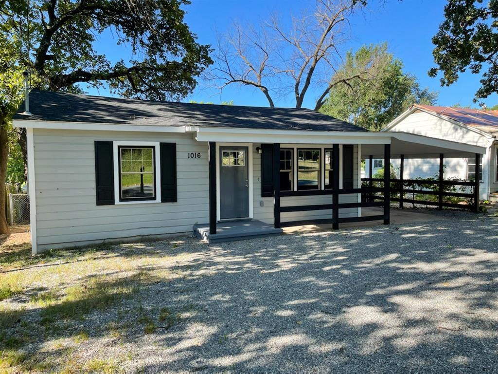 1016 Hanna  Street, Denison, Texas 75020 - Acquisto Real Estate best frisco realtor Amy Gasperini 1031 exchange expert