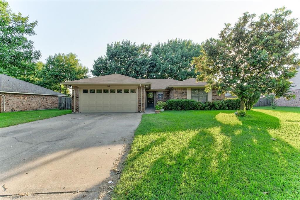 1212 Stonelake  Drive, Cleburne, Texas 76033 - Acquisto Real Estate best frisco realtor Amy Gasperini 1031 exchange expert