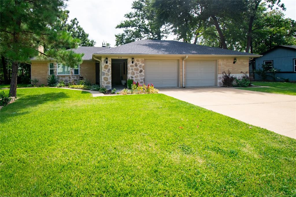 219 Enchanted  Drive, Enchanted Oaks, Texas 75156 - Acquisto Real Estate best frisco realtor Amy Gasperini 1031 exchange expert