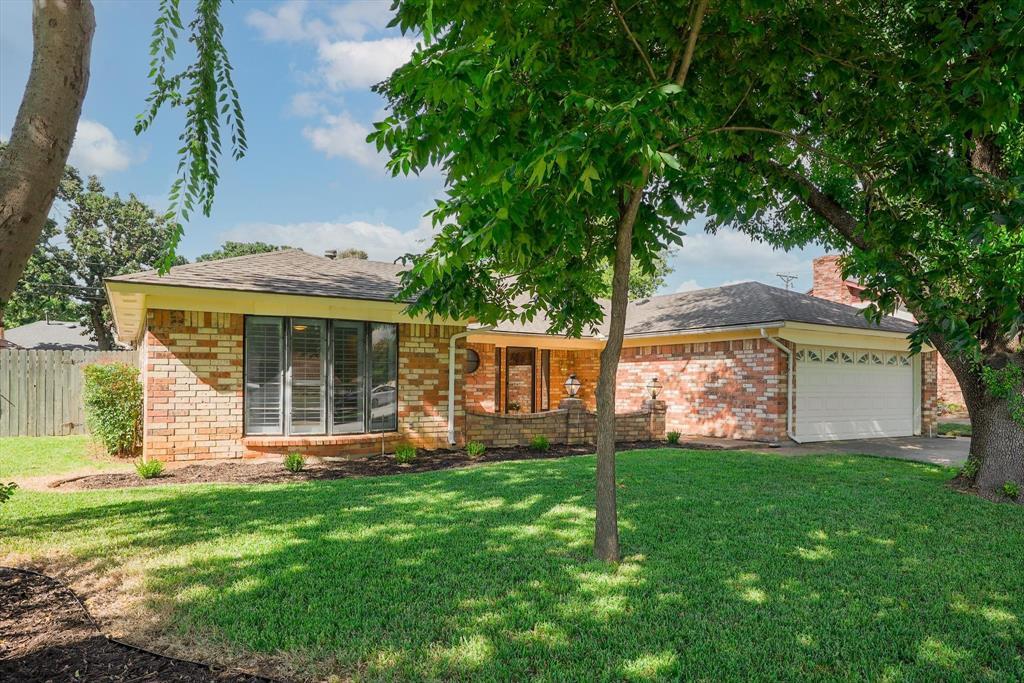524 Baker  Drive, Hurst, Texas 76054 - Acquisto Real Estate best frisco realtor Amy Gasperini 1031 exchange expert