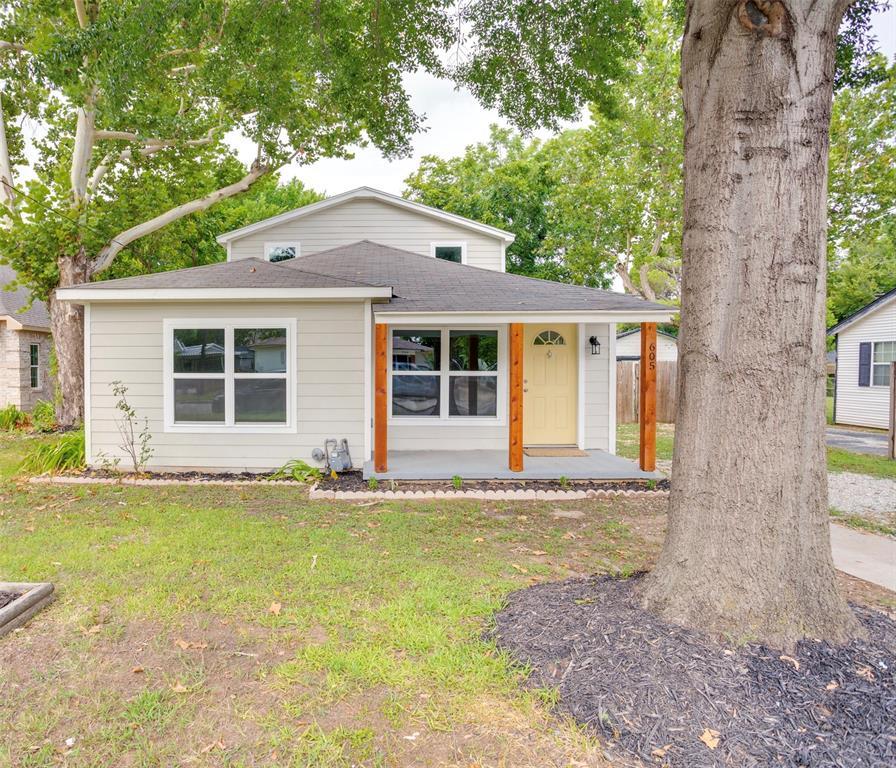 605 Harrisdale  Avenue, River Oaks, Texas 76114 - Acquisto Real Estate best frisco realtor Amy Gasperini 1031 exchange expert