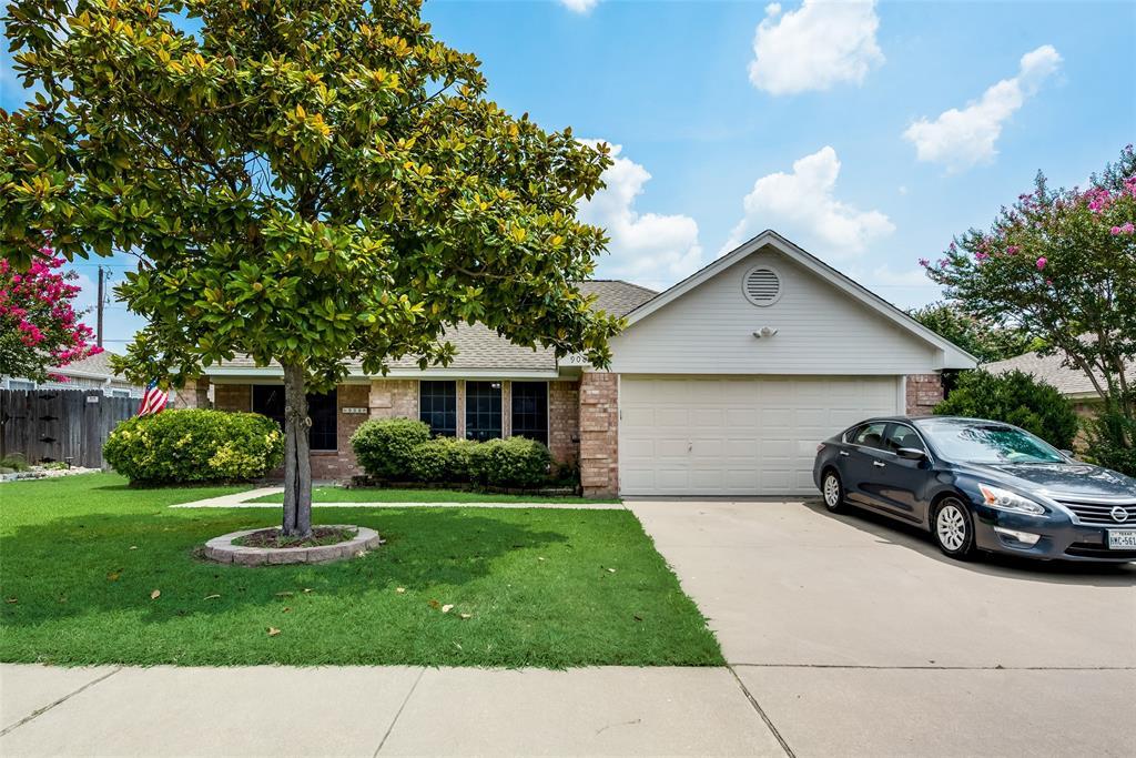 908 Park Place  Boulevard, Midlothian, Texas 76065 - Acquisto Real Estate best frisco realtor Amy Gasperini 1031 exchange expert