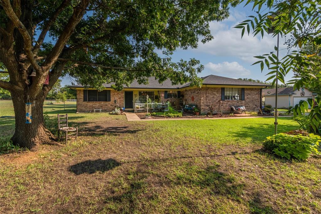 3343 Carriage  Circle, Sherman, Texas 75092 - Acquisto Real Estate best frisco realtor Amy Gasperini 1031 exchange expert