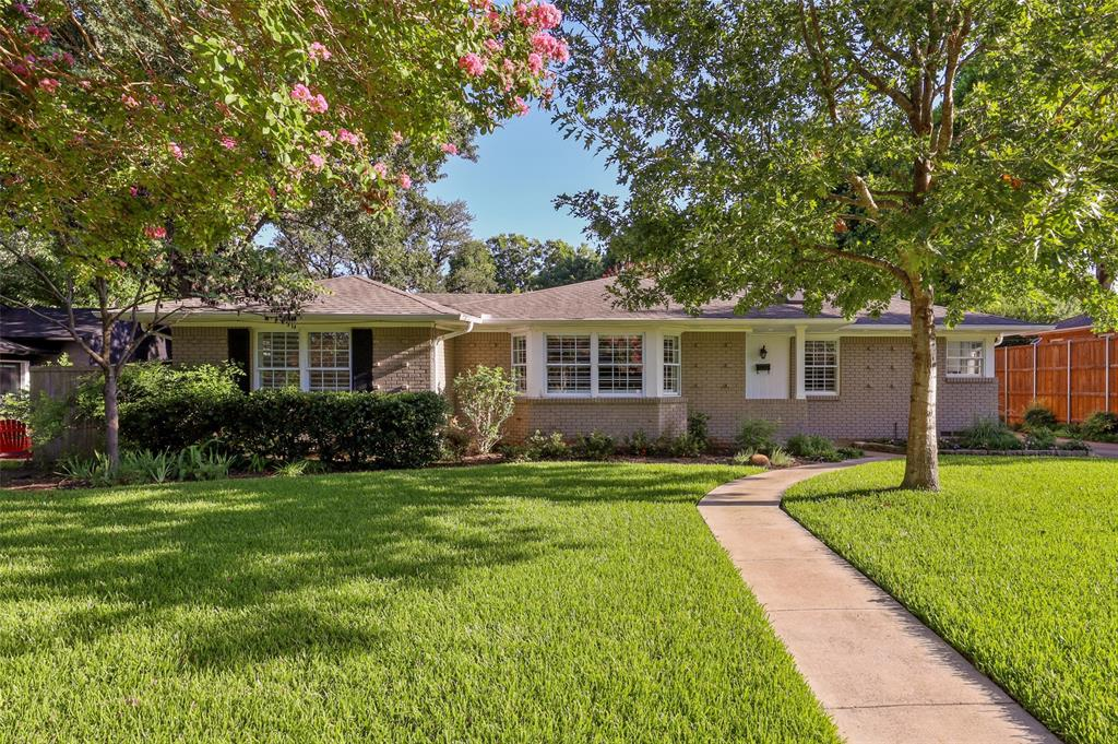 6444 Highgate  Lane, Dallas, Texas 75214 - Acquisto Real Estate best frisco realtor Amy Gasperini 1031 exchange expert