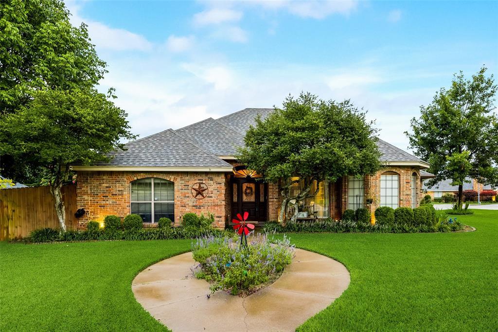 1517 Kari Ann  Drive, Cedar Hill, Texas 75104 - Acquisto Real Estate best frisco realtor Amy Gasperini 1031 exchange expert
