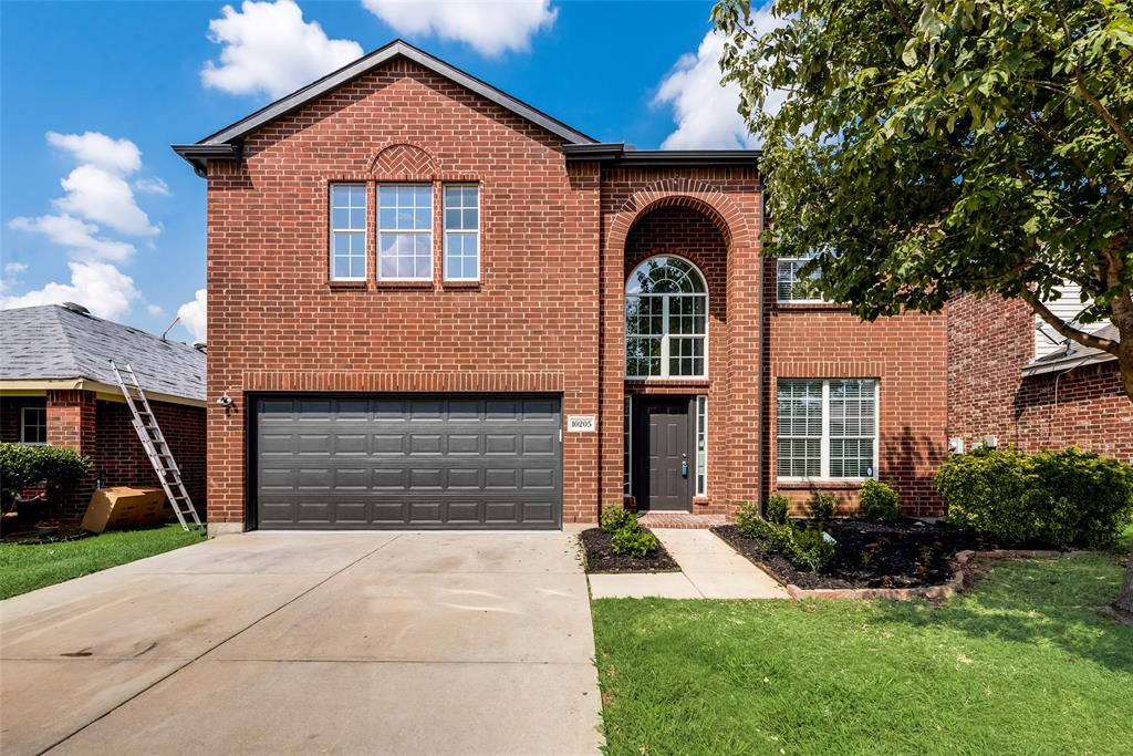 10205 Sourwood  Drive, Fort Worth, Texas 76244 - Acquisto Real Estate best frisco realtor Amy Gasperini 1031 exchange expert
