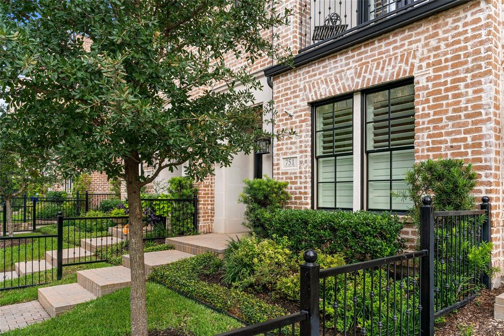 751 Will Rice  Avenue, Irving, Texas 75039 - Acquisto Real Estate best frisco realtor Amy Gasperini 1031 exchange expert
