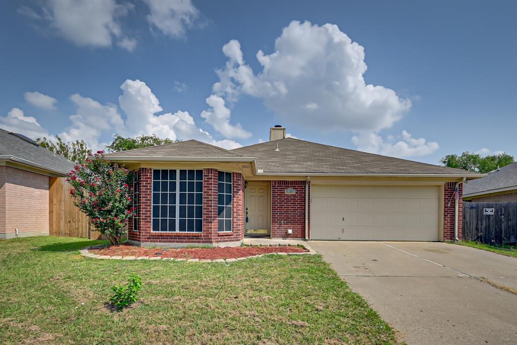 7027 Pickford  Court, Arlington, Texas 76001 - Acquisto Real Estate best frisco realtor Amy Gasperini 1031 exchange expert
