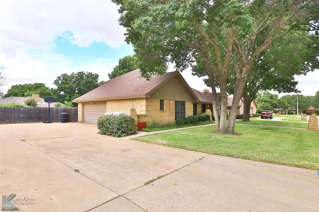 2549 Woodlake  Drive, Abilene, Texas 79606 - Acquisto Real Estate best frisco realtor Amy Gasperini 1031 exchange expert