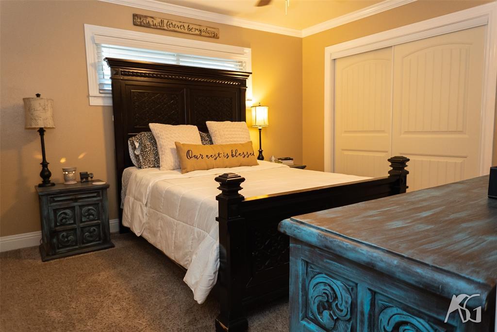 1202 Avondale  Street, Sweetwater, Texas 79556 - Acquisto Real Estate best frisco realtor Amy Gasperini 1031 exchange expert