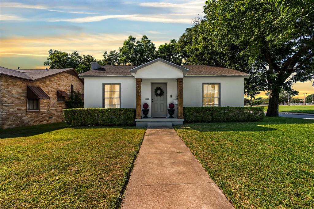 2738 Herring  Avenue, Waco, Texas 76708 - Acquisto Real Estate best frisco realtor Amy Gasperini 1031 exchange expert
