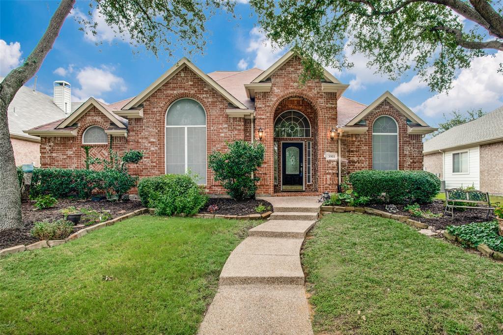 5981 Sandhill  Circle, The Colony, Texas 75056 - Acquisto Real Estate best frisco realtor Amy Gasperini 1031 exchange expert