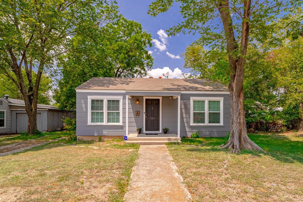 7304 Davenport  Avenue, Fort Worth, Texas 76116 - Acquisto Real Estate best frisco realtor Amy Gasperini 1031 exchange expert