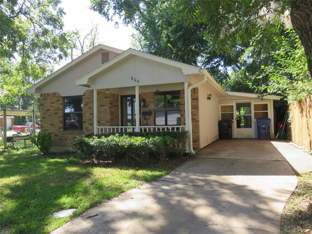 604 Day  Street, Denison, Texas 75020 - Acquisto Real Estate best frisco realtor Amy Gasperini 1031 exchange expert