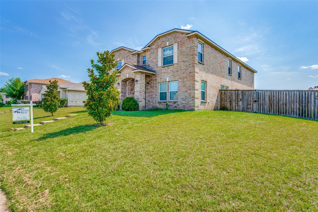 1323 White Tail  Ridge, Cedar Hill, Texas 75104 - Acquisto Real Estate best frisco realtor Amy Gasperini 1031 exchange expert